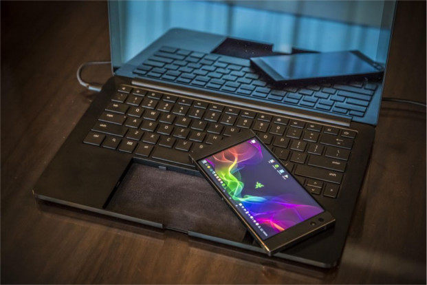 razer-project-linda-laptop-ces-2018-7594